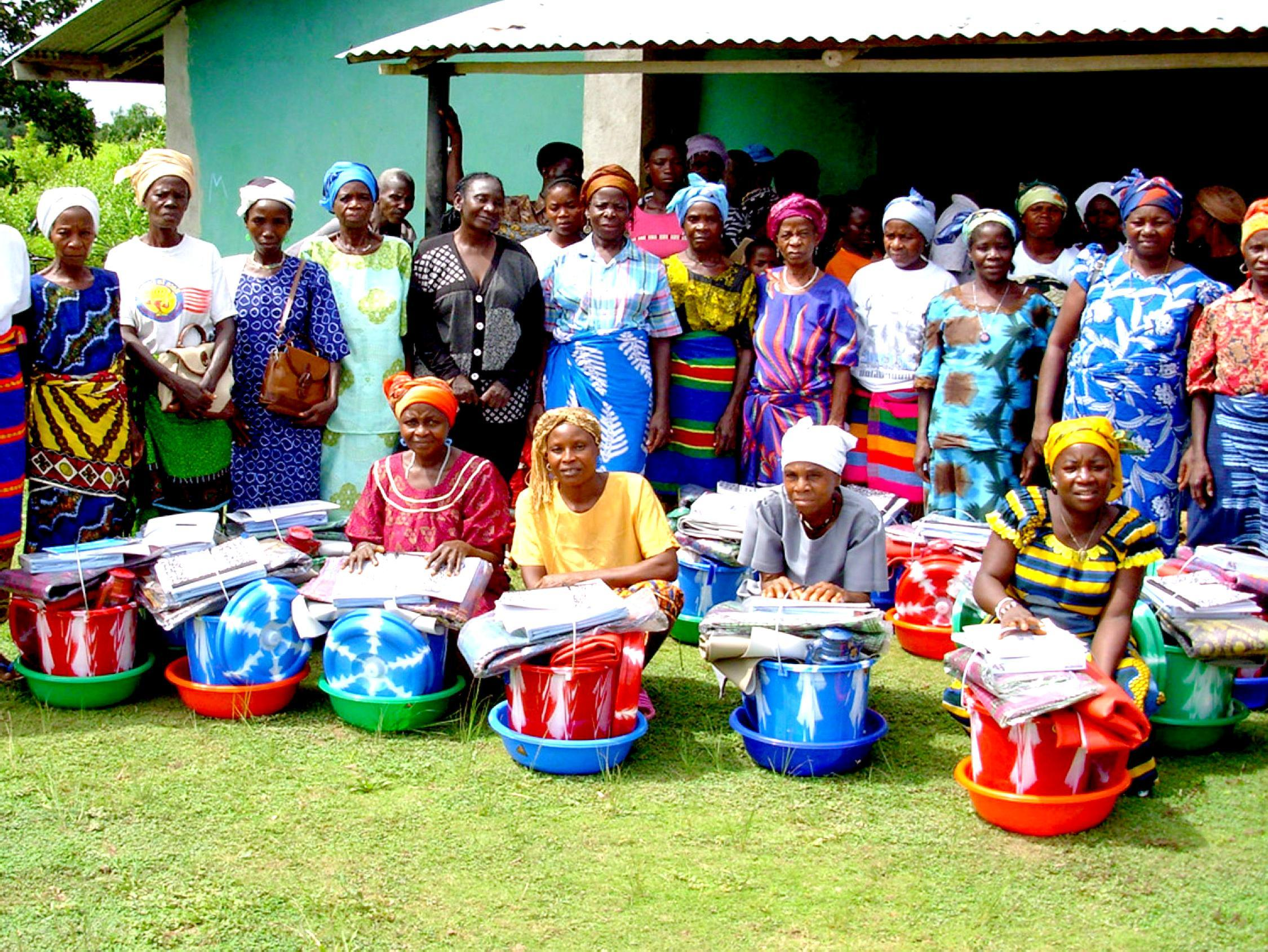 Traditional midwives in Liberia receive clean delivery kits after training